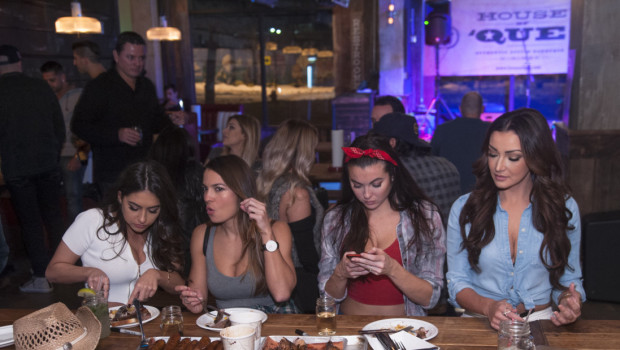 PHOTO GALLERY: Meat & Greet hMIXER / House of 'Que Calendar Release Party