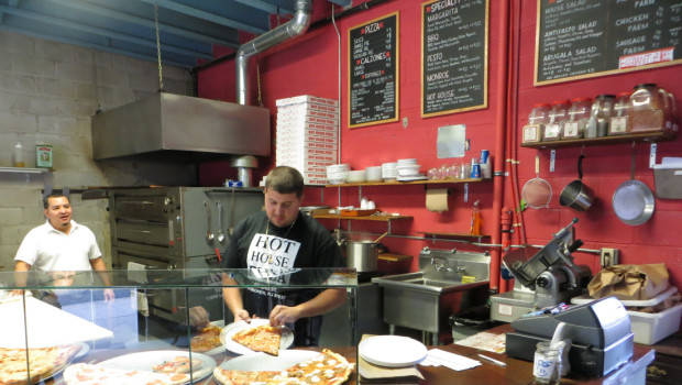 RAVE: Hoboken Hot House Pizza