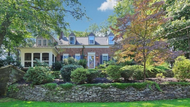 FEATURED PROPERTY: 957 Woodmere Dr., Westfield, NJ; 5BR/4BA Colonial — $1,150,000