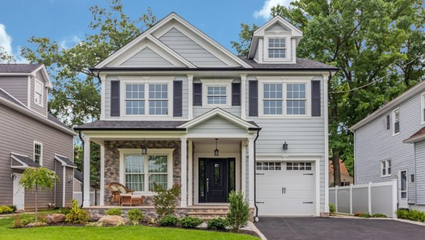 FEATURED PROPERTY: 613 Drake Pl, Westfield, NJ; 4BR/5BA — $899,000