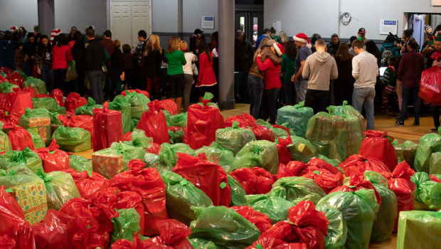 HOBOKEN CHRISTMAS EXCHANGE: Thousands Participate in Hoboken Grace Event