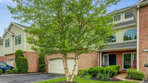 FEATURED PROPERTY: 10 Waldeck Ct, West Orange; 3BR/3BA Condo — $469,000